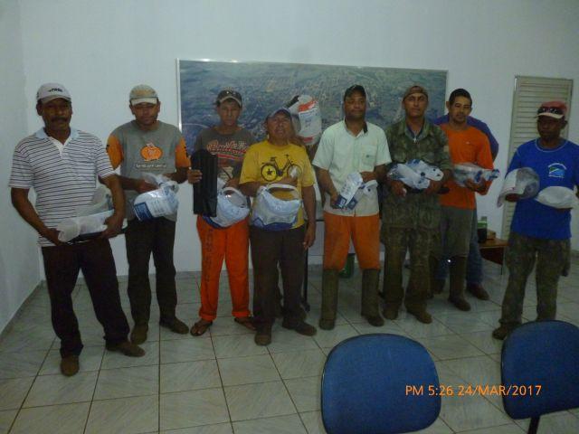 Servidores da Obras recebem equipamentos de proteção individual