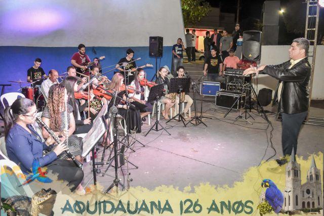 Concha Acústica lota e público louva e agradece pelos 126 anos de Aquidauana