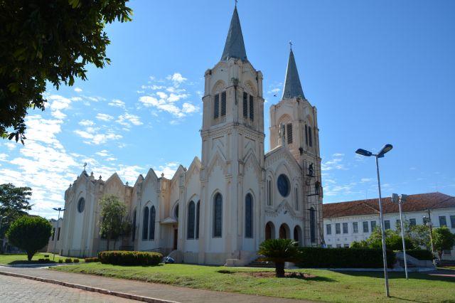 Igreja Matriz de Aquidauana vai ganhar novo paisagismo