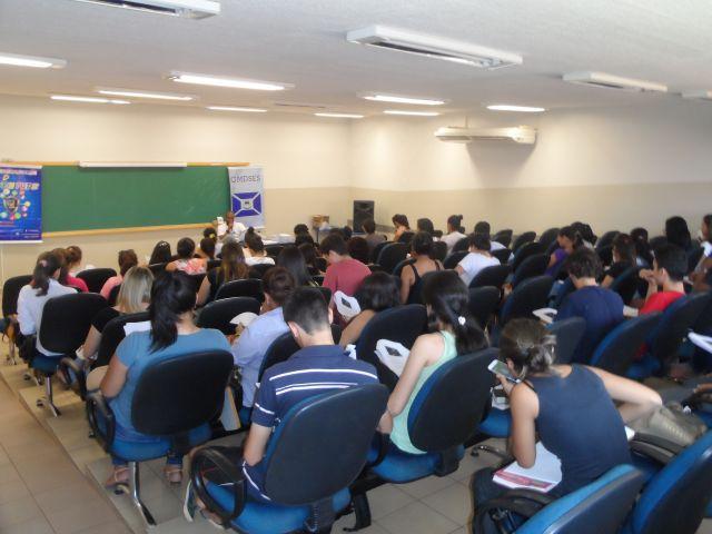 Começam as aulas do Cursinho Desafio 2014